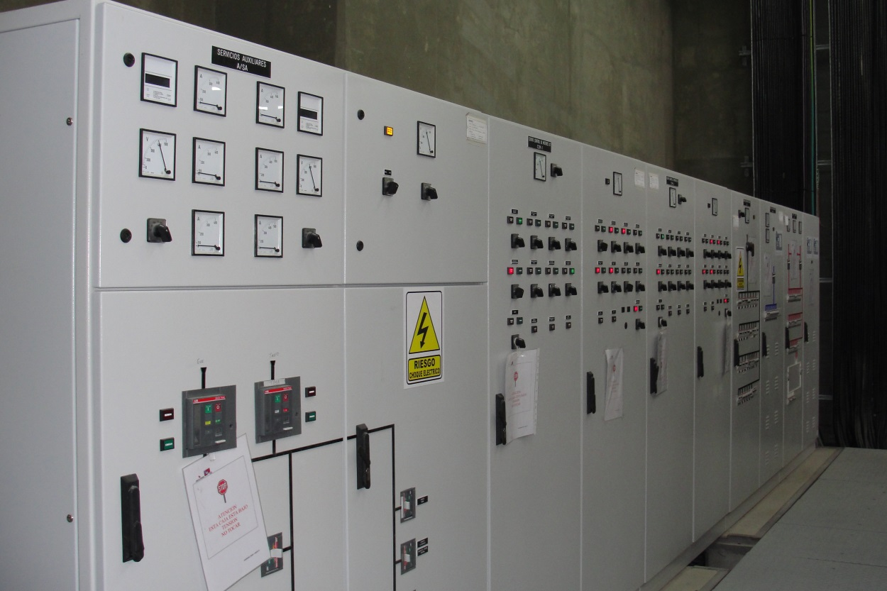 Distribution and control center table - Salto Andersen hydropower plant, Rio Colorado, Argentina